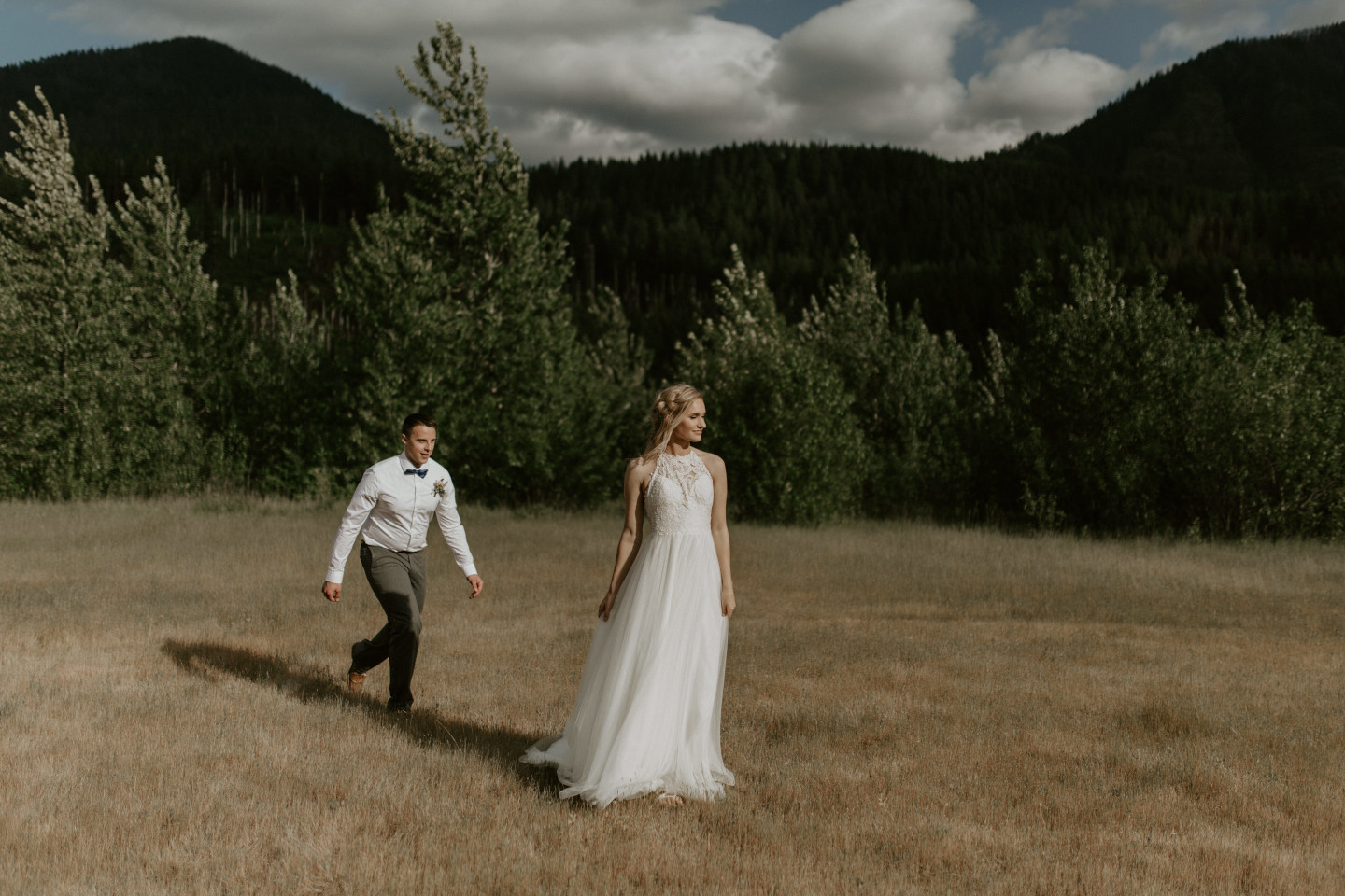 Trevor goes up to Harper at the Columbia River Gorge in Oregon for her Oregon Adventure. Elopement photography in Portland Oregon by Sienna Plus Josh.
