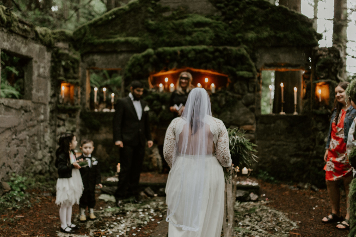 Sarah approahces the altar at Skamania House, Washington. Elopement photography in Portland Oregon by Sienna Plus Josh.
