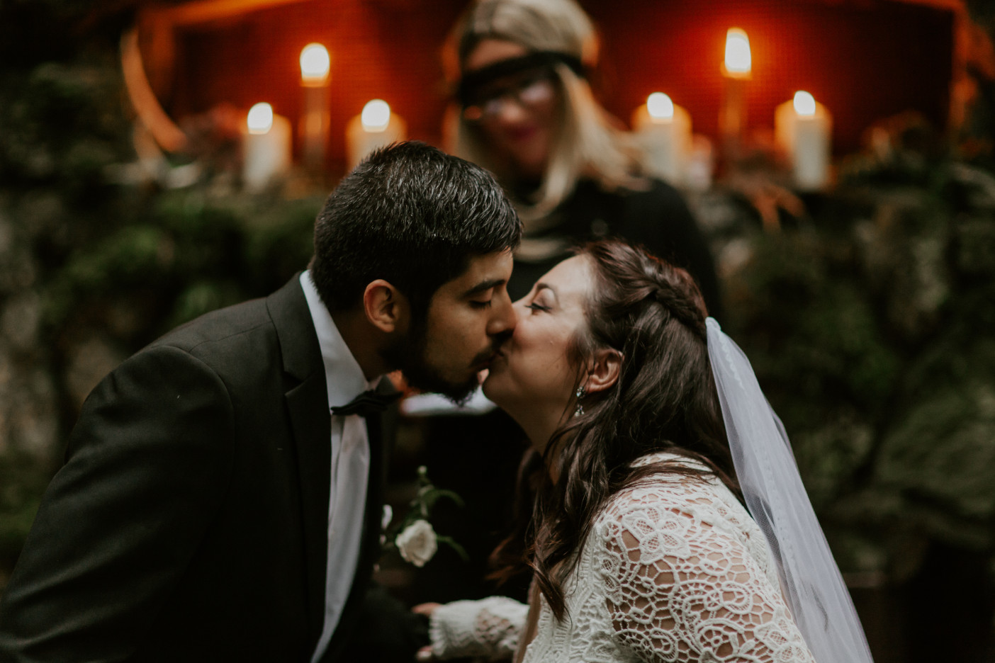Sam and Sarah kiss at Skamania House, Washington. Elopement photography in Portland Oregon by Sienna Plus Josh.